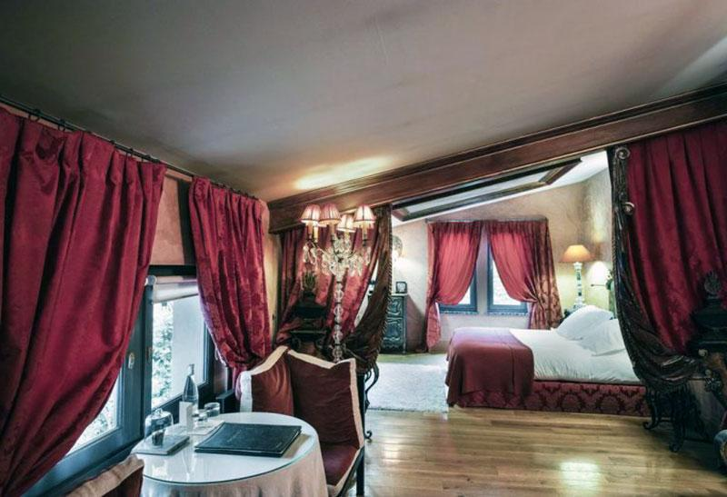 Романтический отель эпохи возрождения в Лионе - La Cour des Loges