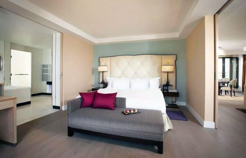 Наикрасивейший романтический отель в Ницце -Hyatt Regency