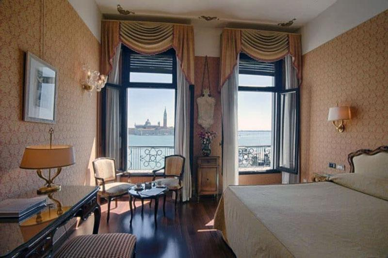 Бесподобный отель с видом на Венецию - Vivaldi