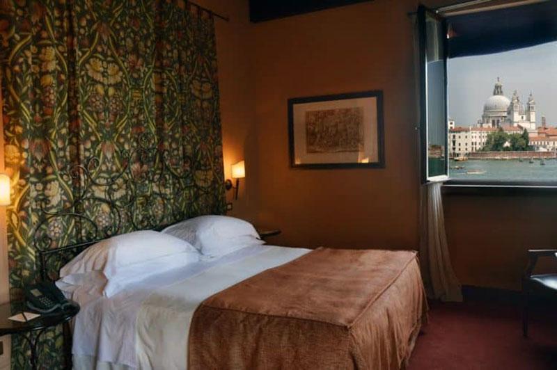 Помпезный отель с видом на Венецию - Palladio Venezia