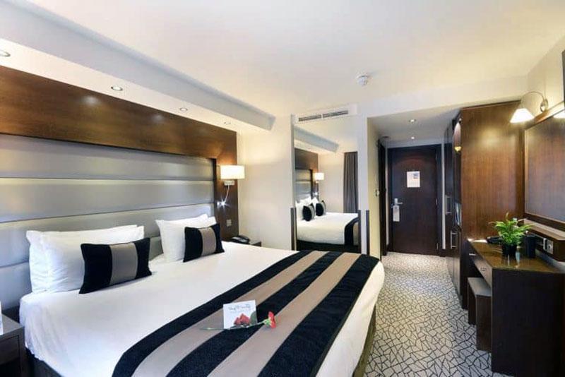 Замечательный романтический отель Лондона - Park Grand London Kensington
