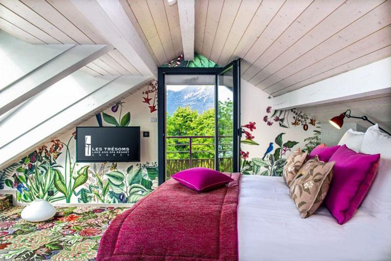 Наикрасивейший романтический отель Анси - Les Trésoms