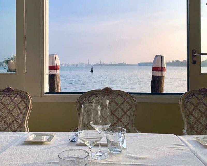 Люксовый отель с видом на Венецию - Villa Laguna