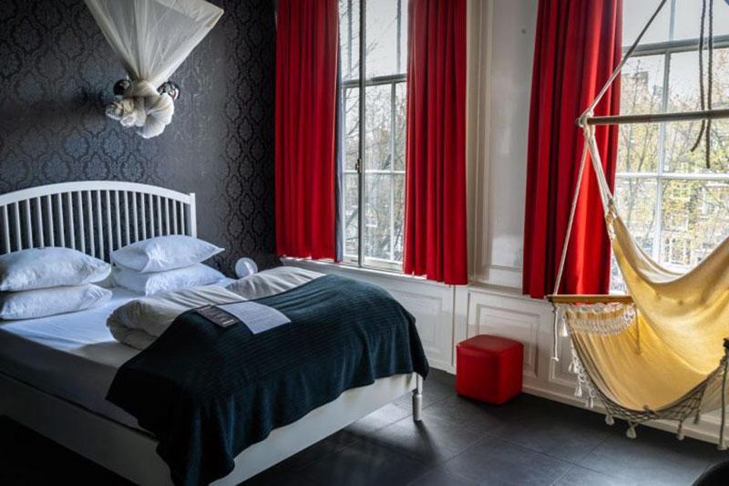 Наикрасивейший романтический отель Амстердама - Mauro Mansion