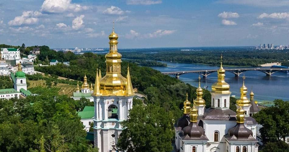 Самые красивые места и направления в Украине