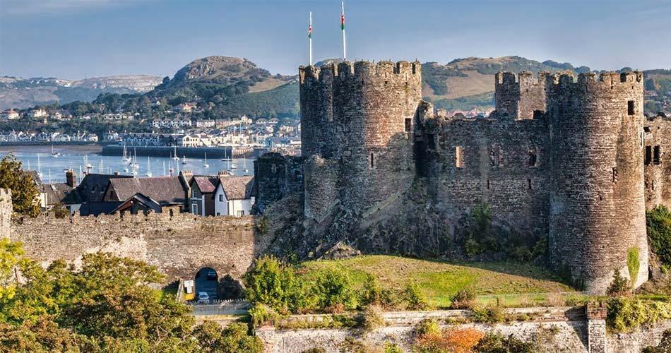 Самые красивые места и направления в Уэльсе