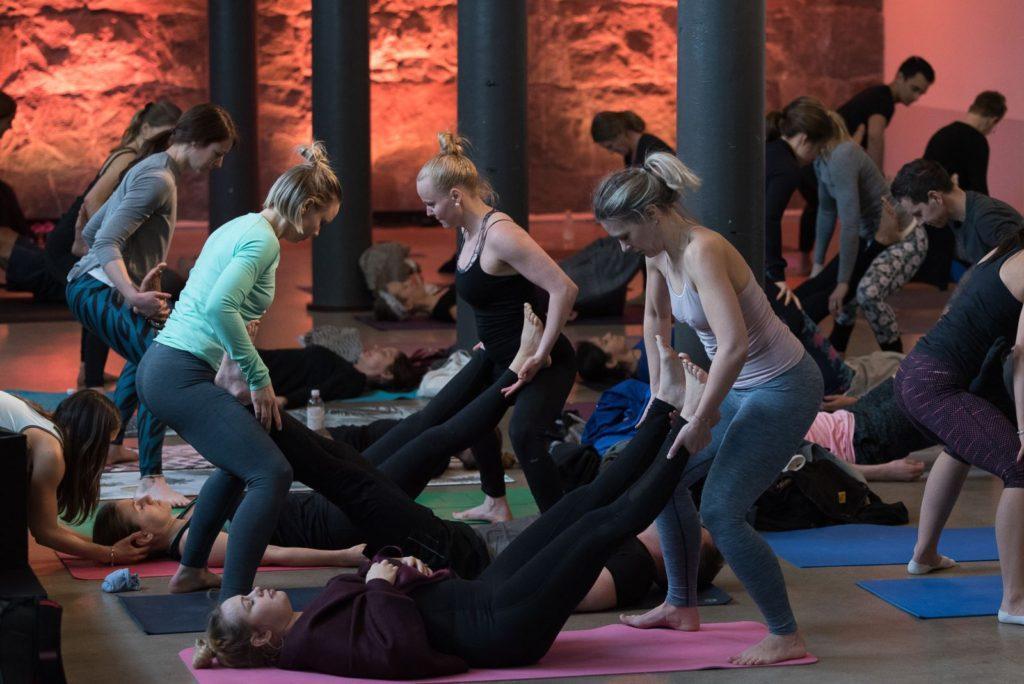 конференция йоги Yoga Games в Стокгольме