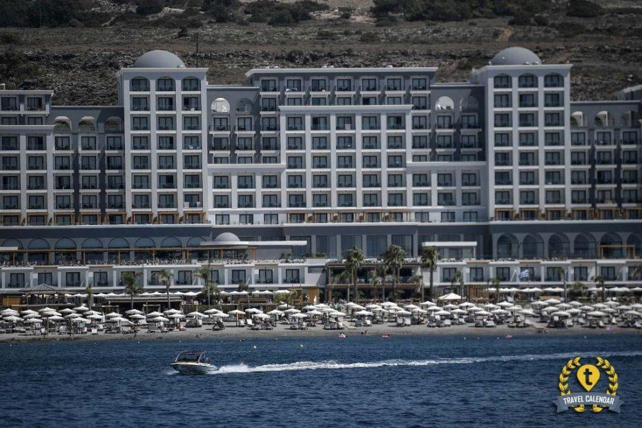 Греция подсчитывает убытки от туризма