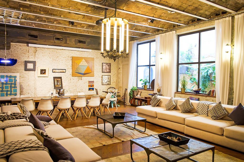 Casa Gracia Barcelona Hostel - хостел в Барселоне менее 15 евро