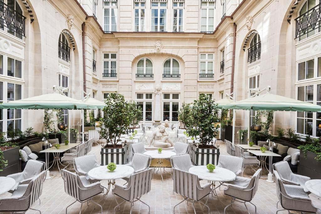 Роскошный Hotel de Crillon