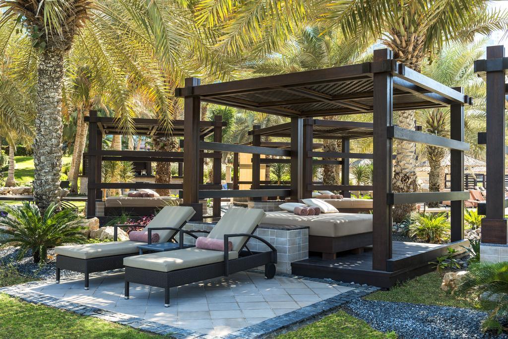Le Méridien Mina Seyahi Beach Resort & Marina Дубай