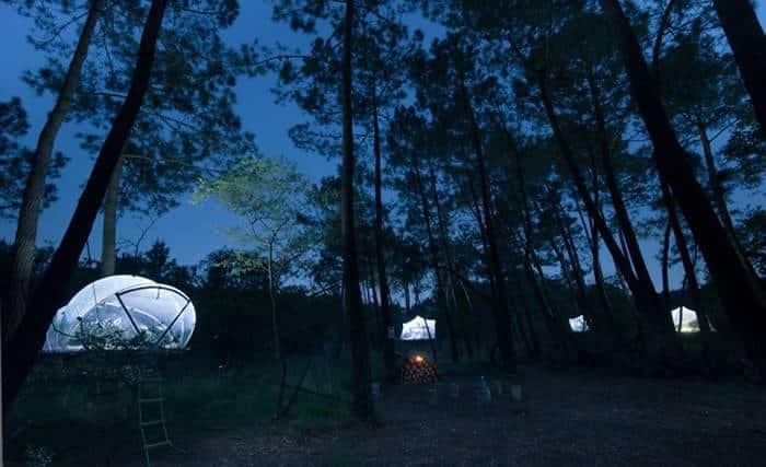 Палатка на деревьях в 4 метрах над землей от Domaine Dihan Evasion