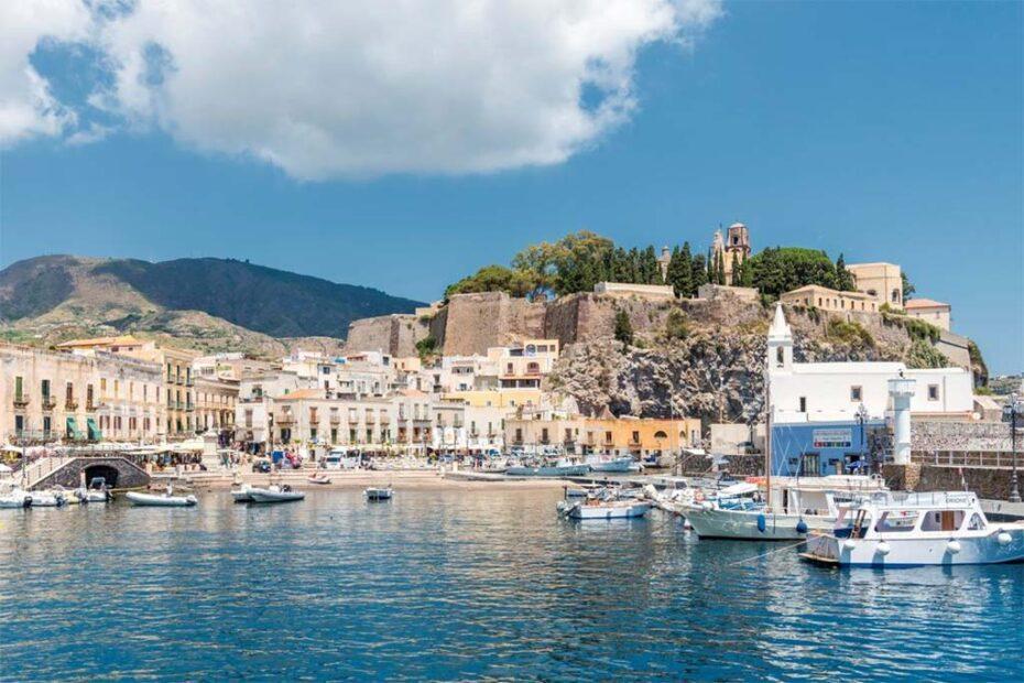 Где остановиться на Липарских (Эолийских) островах, Италия