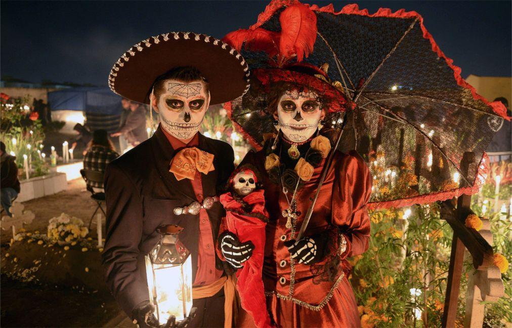 День Мёртвых в Мексике 03595e34dfbe1108dda95a1c227d319e.jpg