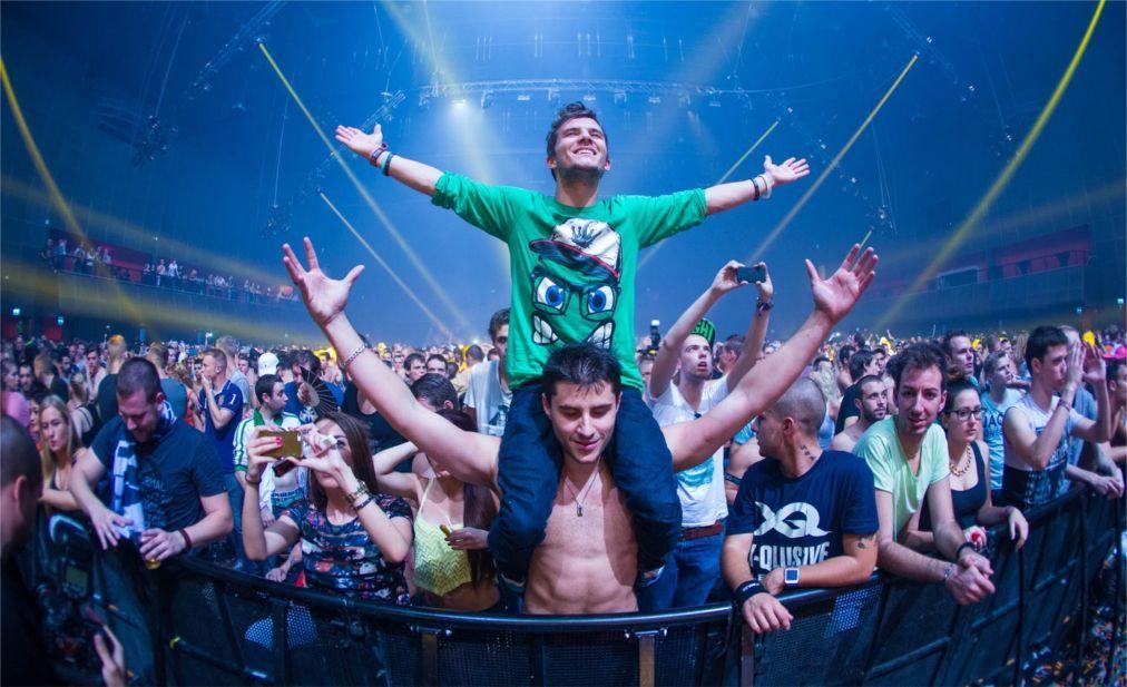 Международный фестиваль клубной музыки Amsterdam Dance Event 0406807e392d8da7dd941ce0a217b0e7.jpg