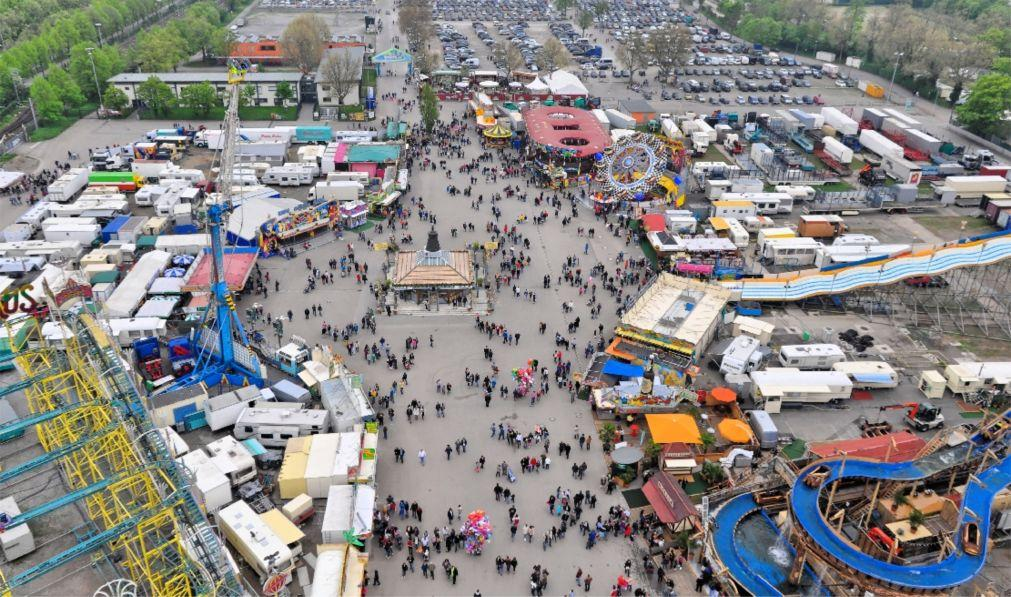 Весенний фестиваль в Штутгарте 05acb6a8bb211ded1e1ca74749704a50.jpg