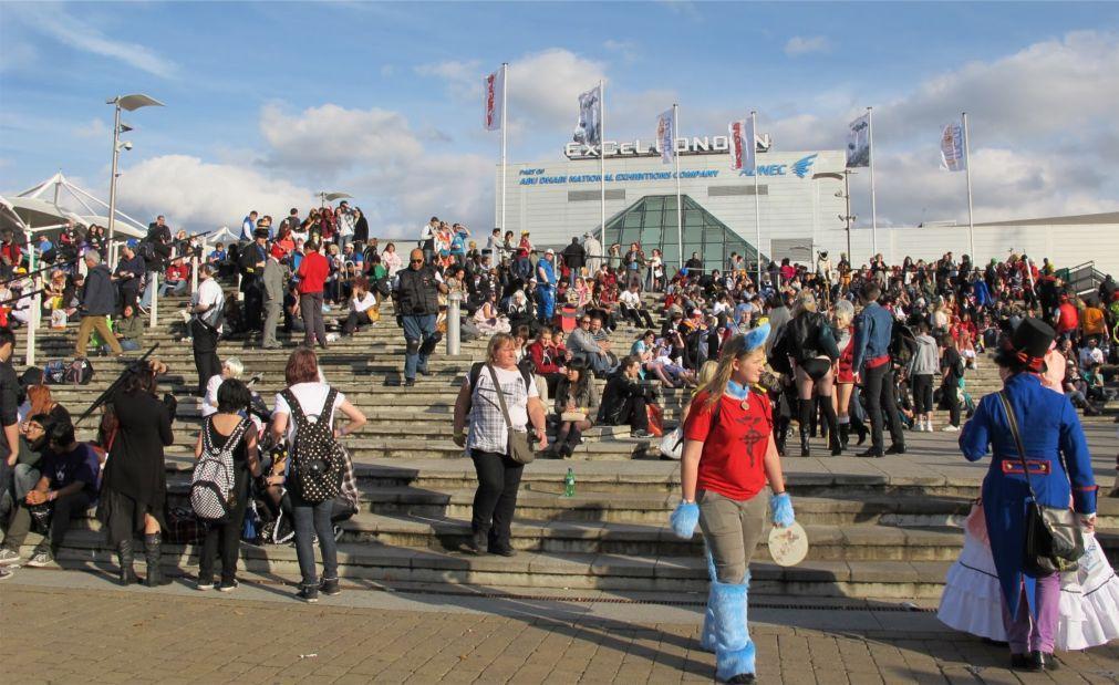 Фестиваль MCM Comic Con в Лондоне 084a6bf94b789381416f8095026bb11f.jpg