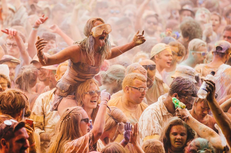 Музыкальный фестиваль Secret Garden Party в Хантингтоне 09a6ceda6507e36602139bde88ffdd15.jpg