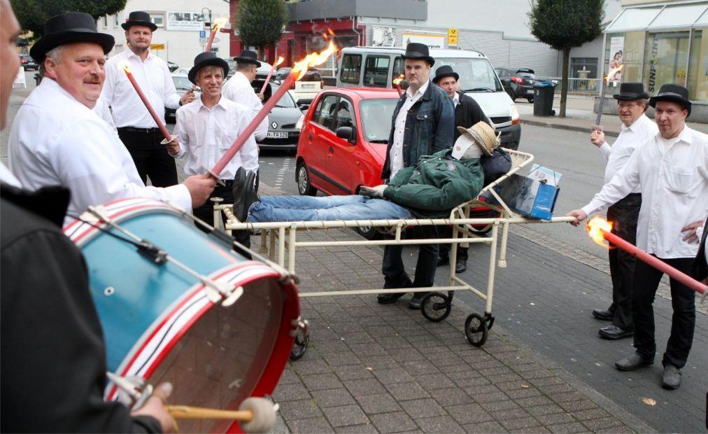 Праздник Кирмес в Германии 09c1ee353003d61cafc8f36e5d731257.jpg