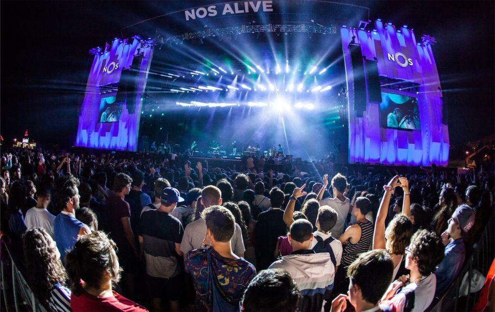 Музыкальный фестиваль NOS Alive в Лиссабоне 0ba3055715999a7e200a862aa907f63b.jpg