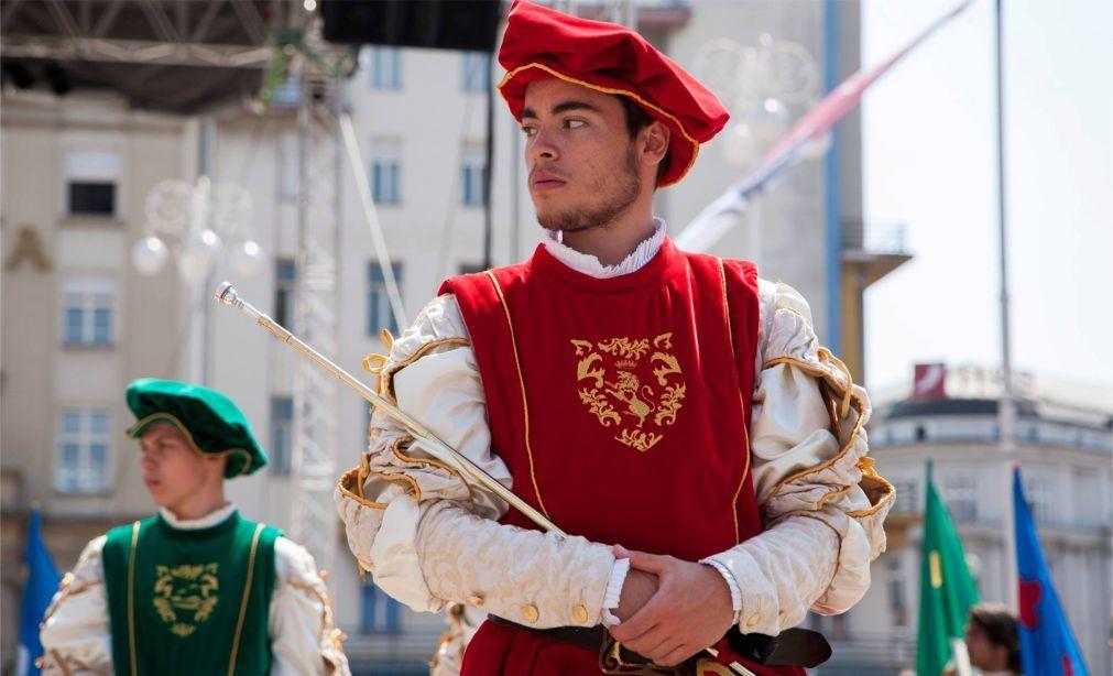 Международный фольклорный фестиваль в Загребе 0bb942a2680b79361867b4b3483f7068.jpg