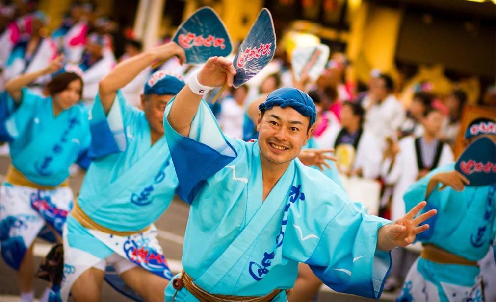 Фестиваль японских танцев «Ава-одори» в Токусиме 0e98cb475d4014813bad154d1707eb75.jpg