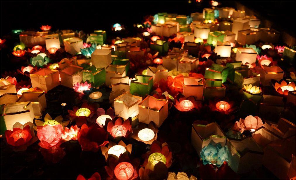 Фестиваль водных фонариков в Санкт-Петербурге 0f88c8f5acd66ea2ad3322c1df412e07.jpg