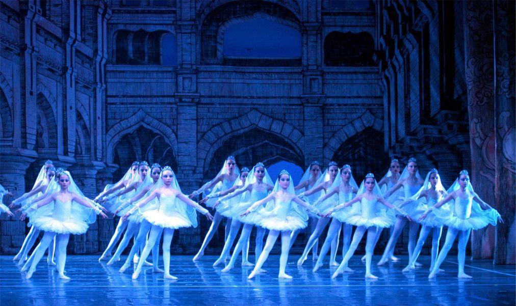 Международный фестиваль оперы и балета в Аспендосе 11f6179422a9eb0f2d1562561331c61a.jpg