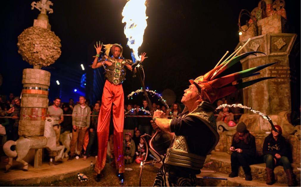 Музыкальный фестиваль Bushfire в Свазиленде 14d755c232d367d0f5810e48f1a80f63.jpg