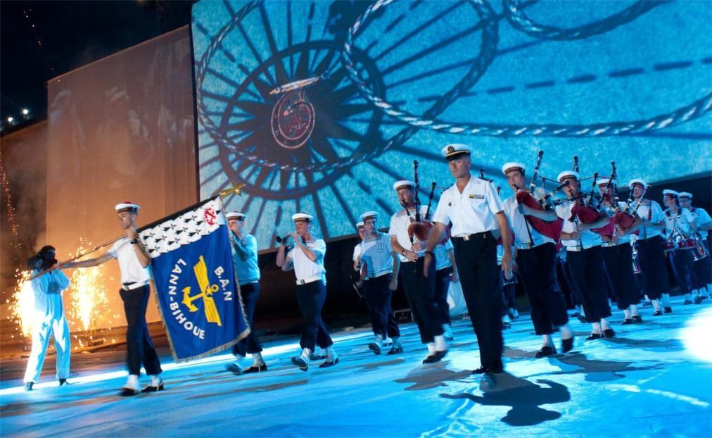 Фестиваль кельтской музыки и культуры в Лорьяне 18608c6c5db6087eea16cec921d30b2b.jpg