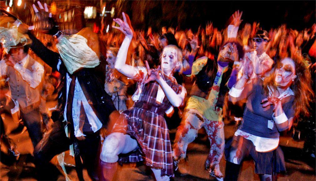 Вилладж Хэллоуин Парад в Нью-Йорке 1985990750bcd546229f3758df964160.jpg