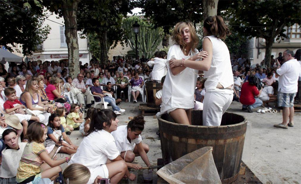 Фестиваль сборщиков винограда на Майорке 19e0815687b926abde569d7f8044e511.jpg