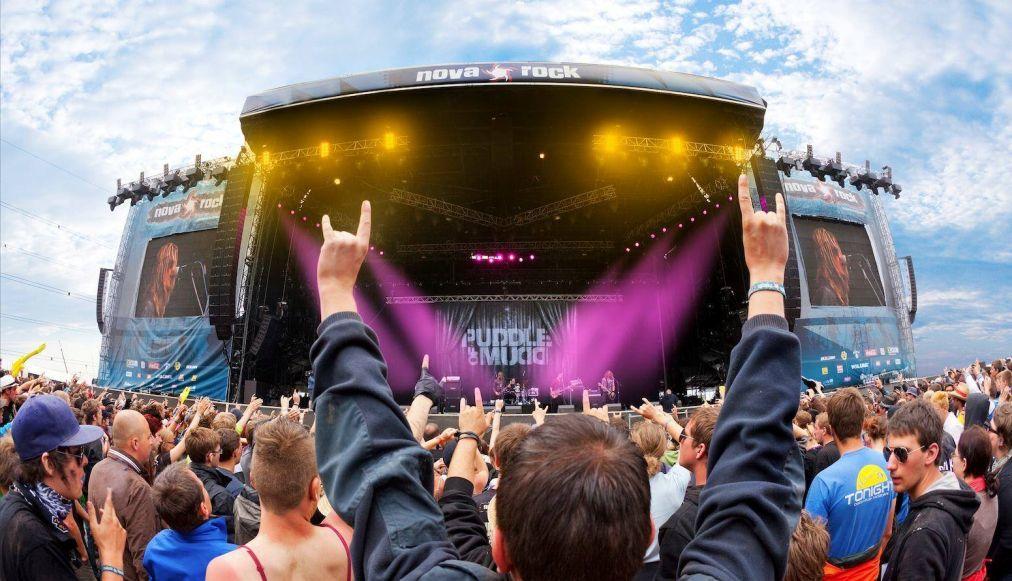 Музыкальный фестиваль Nova Rock в Никкельсдорфе 1b282572a1bd6a389392349982b45f5a.jpg
