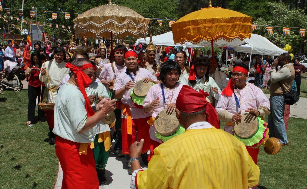 Кхмерский Новый год в Камбодже 1c4695d8c5a8627d673c6b070279486c.jpg