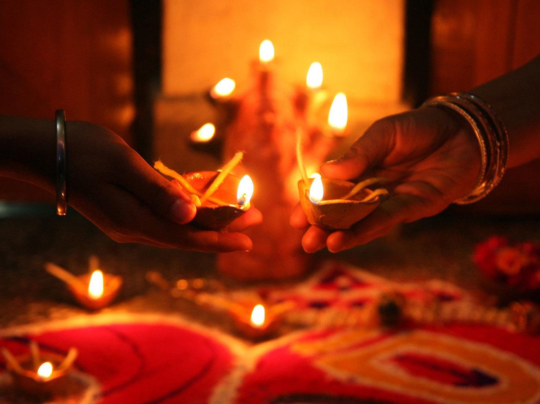 Праздник Дивали в Индии 1c5db9bbe85b450459e58c1ad7d8f28b.jpg