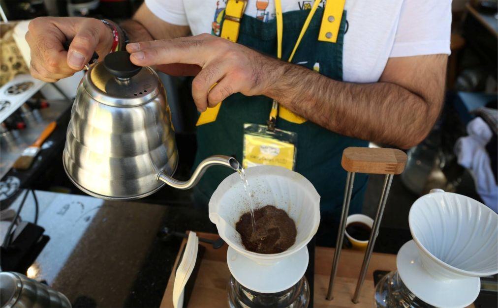 Стамбульский фестиваль кофе 20b5f713f03b439ce552420a465ee1ee.jpg