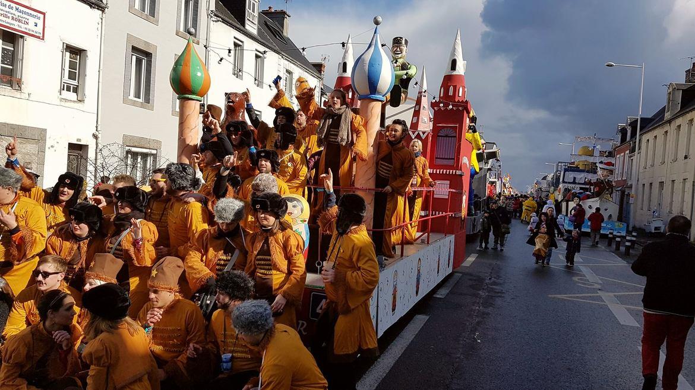 Карнавал в Гранвиле 26ac6011ea0dc59c8af7659f9050c737.jpg