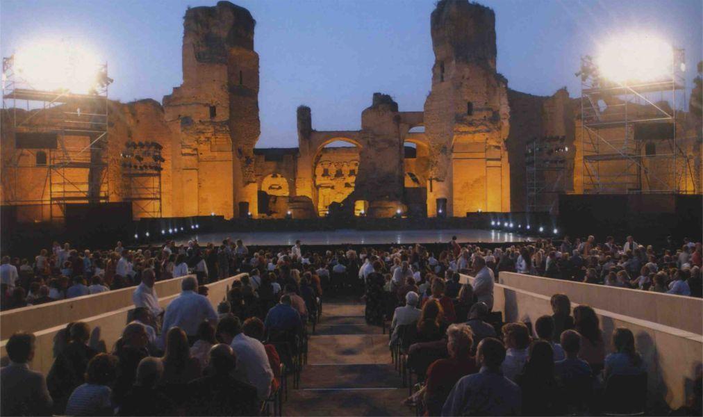 Театральный фестиваль «Каракалла» в Риме 2a318e1c5c4fae68d68efbc216046449.jpg