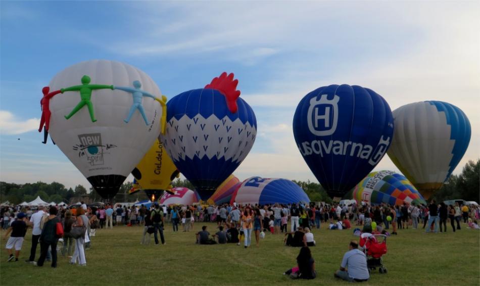 Фестиваль воздушных шаров в Ферраре 2de5b80592d69f2ff88b4911469a19d1.jpg