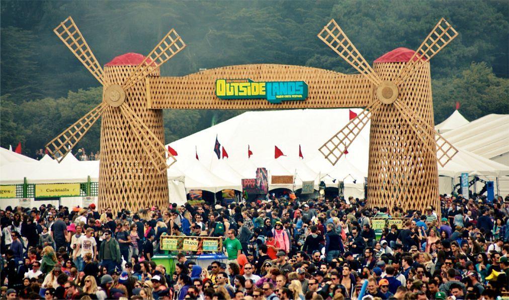 Фестиваль музыки и искусств «Outside Lands» в Сан-Франциско 2f86c5de95eadcfb8f125a8281ccad61.jpg