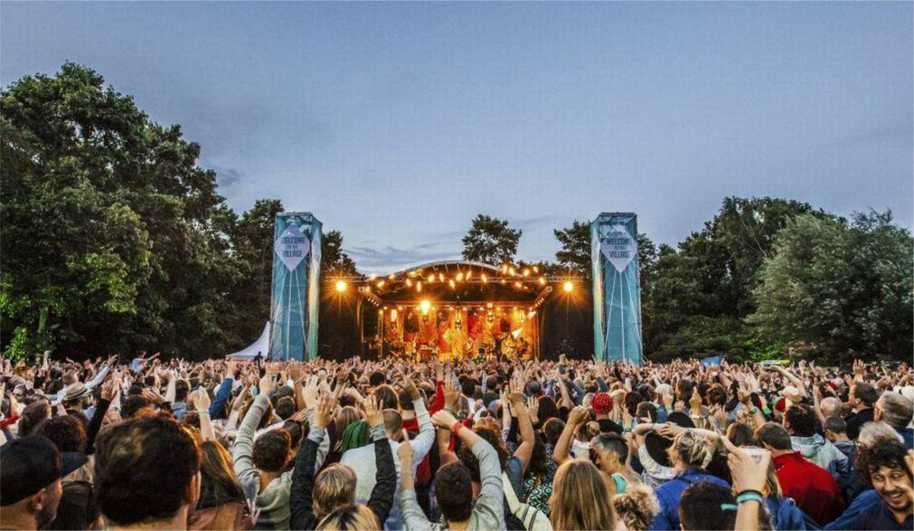 Музыкальный фестиваль Welcome to The Village в Леувардене 34eb1c110714544bdc541b74fab8a052.jpg