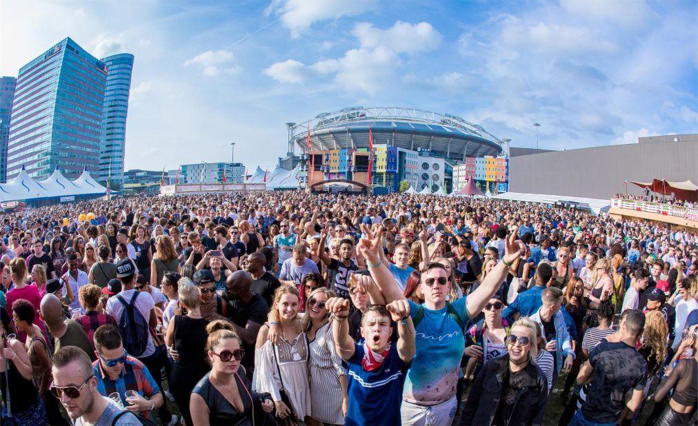 Фестиваль Ибицы PACHA в Амстердаме 39ac5f8cb365e33f052c598737e38184.jpg