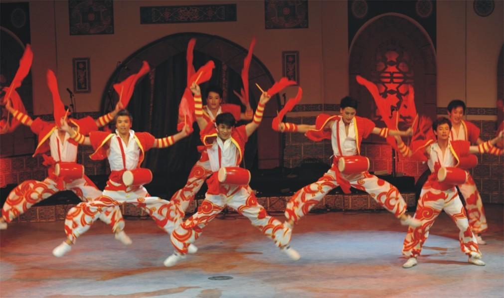 Международный конкурс народных танцев «Золотой Карагоз» в Бурсе 3db4ba06d22df37e894e097151961bdc.jpg