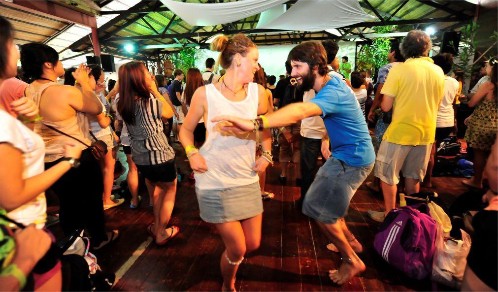 Фестиваль этнической музыки Rainforest в Кучинге 3e313ad32bc4c9731732dfd48db31770.jpg