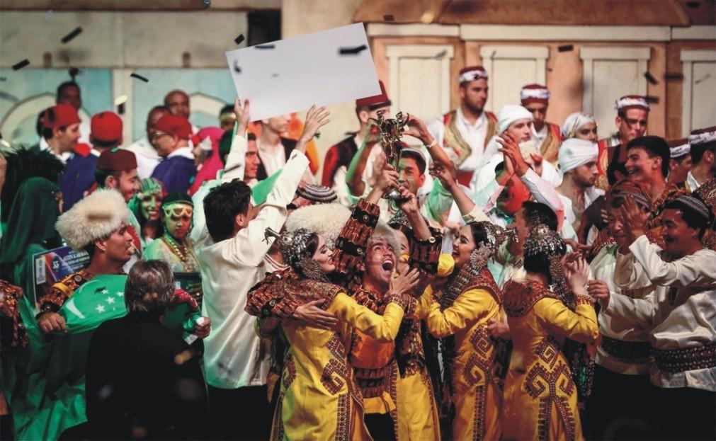 Международный конкурс народных танцев «Золотой Карагоз» в Бурсе 3e4c584b6a881006306096c3dff87cba.jpg