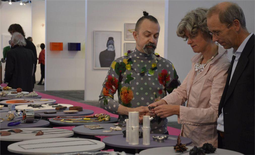 Ярмарка современного искусства KunstRAI в Амстердаме 3e77a60e17e922c340cd5c68f55a792c.jpg