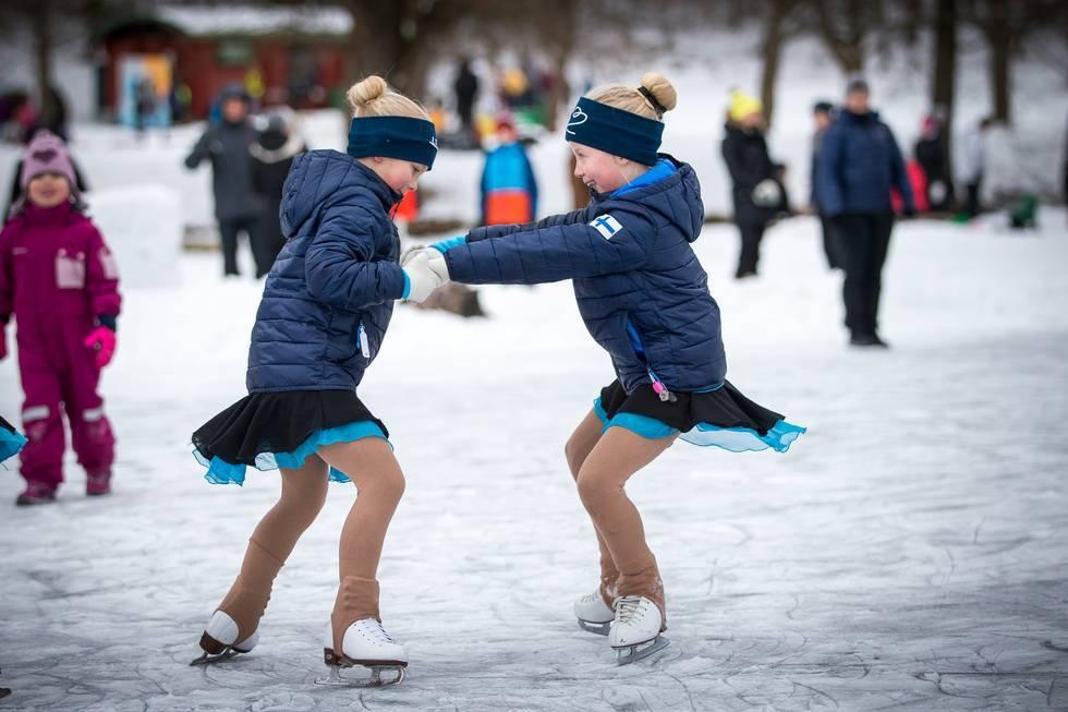 Зимний детский карнавал в Лахти 3fd73eef3061b5af001d02fe5f81a5c9.jpg