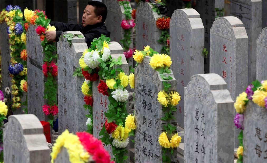 День поминовения усопших Цинмин в Китае 3ff95ca77dac53fdc086c71a5df44335.jpg