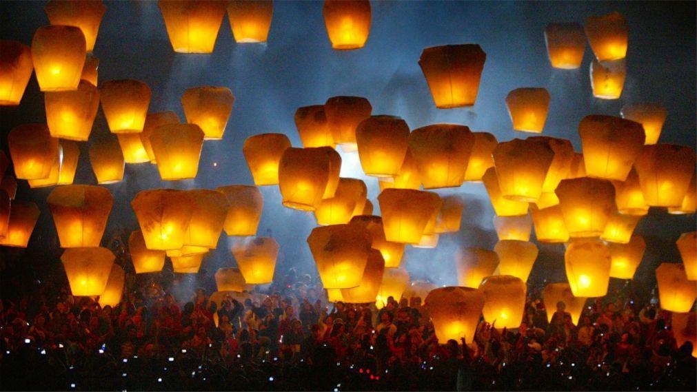 Праздник фонарей на Тайване 408720b5417ef49c2383a27cd6bfb9cf.jpg