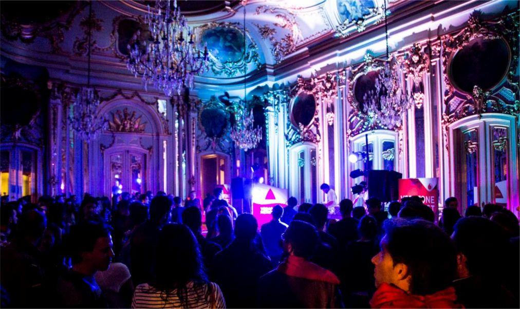 Музыкальный фестиваль Vodafone Mexefest в Лиссабоне 4198ebdb9e3d97bb0a58c5ac7137d2e3.jpg